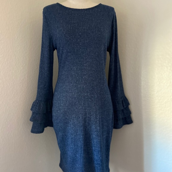 Lulu's Dresses & Skirts - Lulu's sweater dress